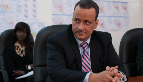 On his second day of taken on the office of the Special Representative of the Secretary-General and Head of the United Nations Mission for Ebola Emergency Response (UNMEER), Ismail Ould Cheikh Ahmed visits Liberia.  Ismail Ould Cheikh Ahmed (SRSG and Head of UNMEER) in a meeting at the Ebola Operation Center (EOC) in Liberia.   Monrovia, Liberia, on 6 January 2015 Photo: UNMEER/Simon Ruf