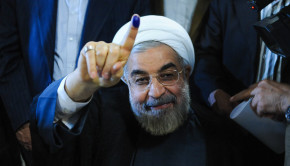 Rouhani-Finger-Vote